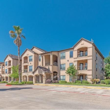 Building exteriors at Parkway Senior Apartments in Pasadena TX