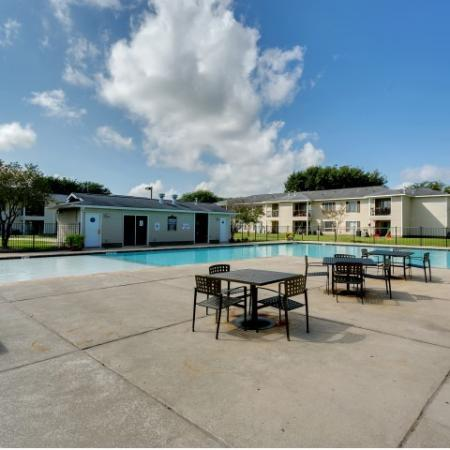 Large pool deck at Paradise Oaks Apartments in Austin TX