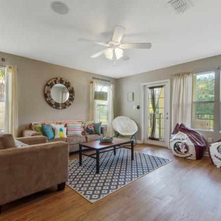 Tenn Street Apartments Living Room
