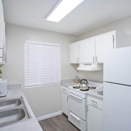 1 3 Bed Apartments Check Availability Sakara At Tempe,Country Cottage Kitchen Lighting Ideas