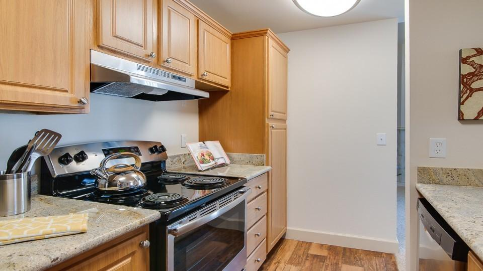 Current Availability And Pricing At Island Park Apartments In Kent WA
