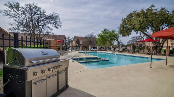 Current availability and pricing at The Bradford Apartments in ...