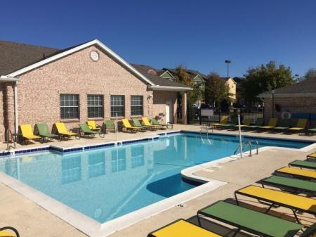 Hilltop Club   Swimming Pool
