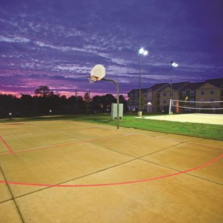 Hilltop Club | Basketball Court