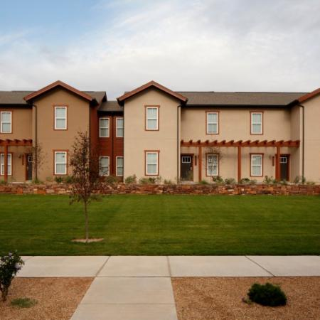 Apartments For Rent Near UNM | Valley View Villas