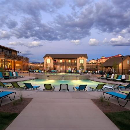 Resort Style Pool | Apartments Near UNM | Valley View Villas