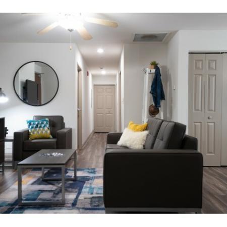 Spacious Dining Room | Apartments Near ISU Bloomington | Smallwood Plaza