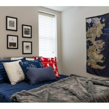Luxurious Bedroom | Apartments Near ISU Bloomington | Smallwood Plaza