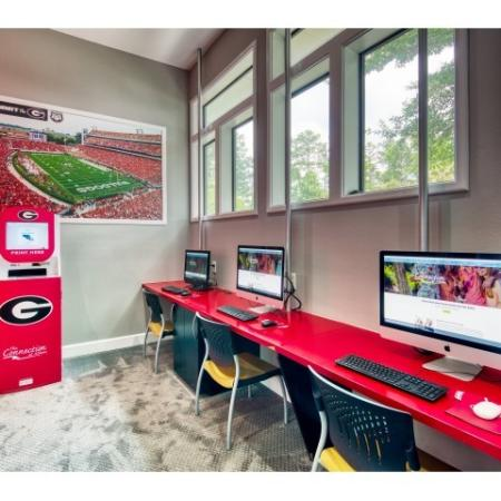24 Hour Computer Lab | Student Apartments Near UGA | The Connection at Athens