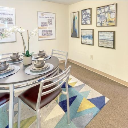 luxury dining room | 100 Midtown Apartments in Atlanta, GA