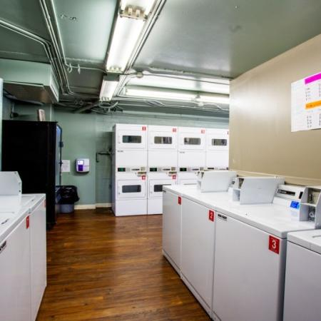 laundry facility in tucson apartments near u of a