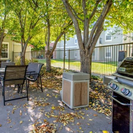 picnic area at campus crossings fort collins apartments