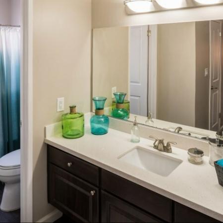 Downey Apartments, CA l Parc@5 Apartments