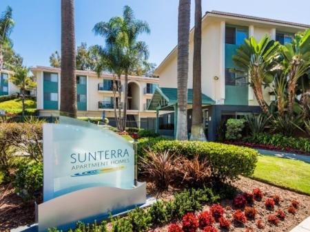 Apartments in Oceanside, CA l Sunterra Apartments