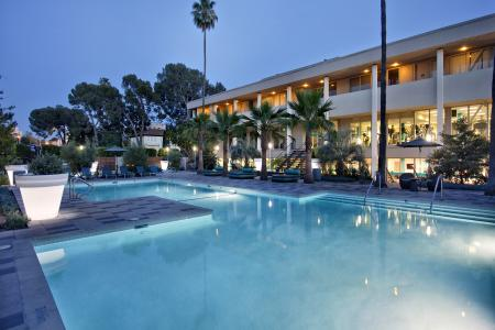 Apartments near Koreatown Los Angeles - The Chadwick Pool