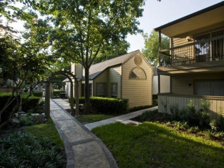 Silverado | Houston, TX Apartments For Rent | Outside Walkways