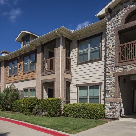 Exterior   Rock Ridge Apartment Homes Arlington, TX