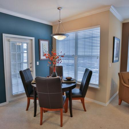 The Manor of Arborwalk | Apartments for Rent in Lee's Summit, Mo | Dining Room