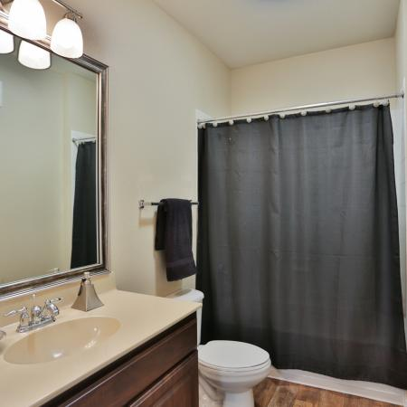 The Manor of Arborwalk | Apartments for Rent in Lee's Summit, Mo | Bathroom