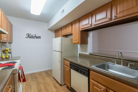 Silverado | Apartments For Rent in Houston, TX | Kitchen