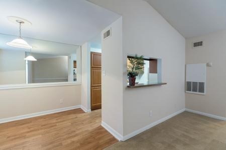 Silverado | Apartments For Rent in Houston, TX | Living-Dining Room