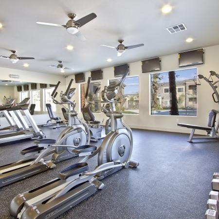 Apartment Amenities: Fitness Center