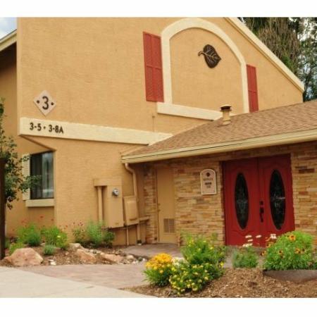 Aspen Leaf Apartments exterior in Flagstaff, AZ