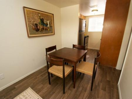 Continental Apartments Phoenix, AZ dining room