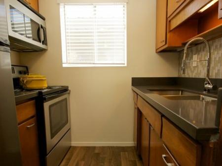 Kitchen at Continental Apartments Phoenix, AZ kitchen