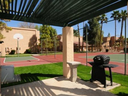 Basketball court, BBQ patiotennis court at Shorebird Apartments in Mesa, AZ
