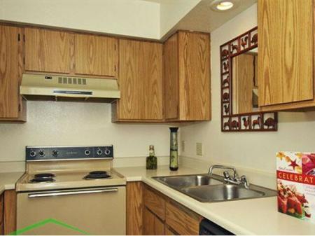 Sunset Landing Apartments Tucson, AZ kitchen
