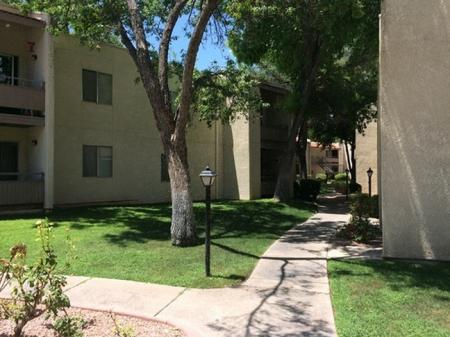Landscaping and exterior at Saguaro Villas Apartments in Tucson, AZ