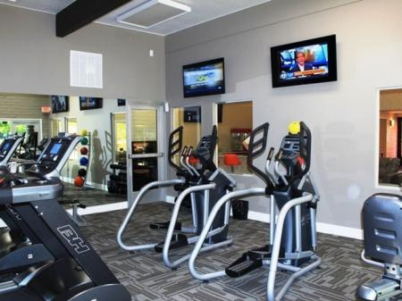 Fitness room at Mission Palms Apartments in Tucson, AZ