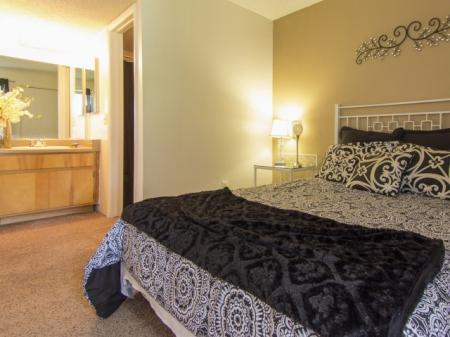 Bedroom and bathroom at Regency Square in Yuma, AZ