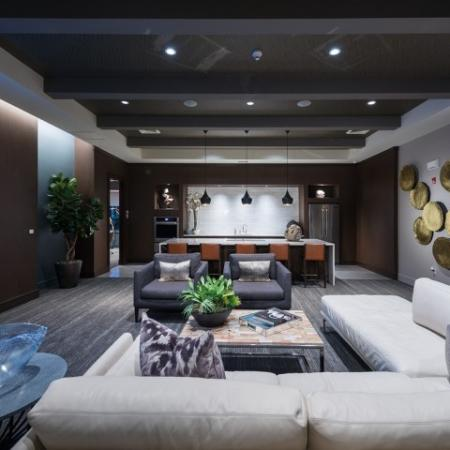 Resident lounge at Hanover Foxborough