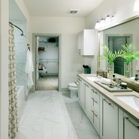 double sinks in bath to closet view