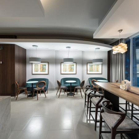 E-lounge area in clubhouse