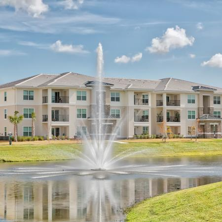 The Reserve at Vero Beach, exterior, pond, fountain, 1 building