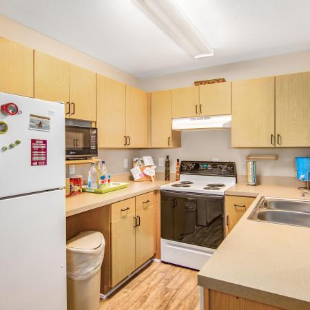 kitchen furnished student living