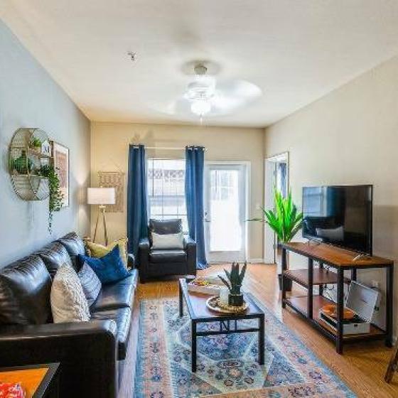 the-social-murph-living-room