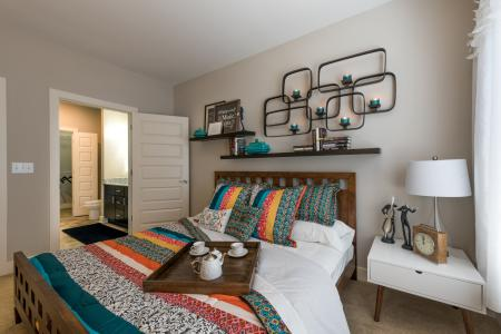 Luxurious Bedroom   Infinity at Centerville Crossing