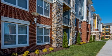 Apartment Building   Infinity at Centerville Crossing