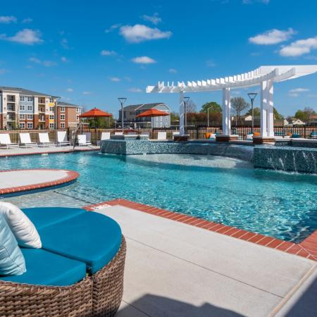 Swimming Pool | Infinity at Centerville Crossing