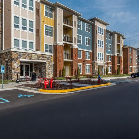 Community Parking | Infinity at Centerville Crossing