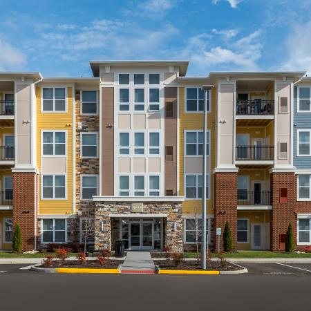 Apartment Homes| Infinity at Centerville Crossing