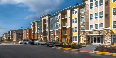 Elegant Apartments  Infinity at Centerville Crossing