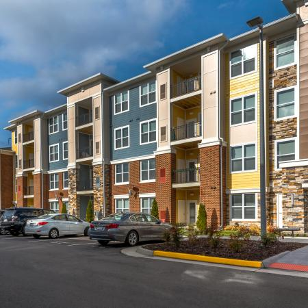 Elegant Apartments| Infinity at Centerville Crossing