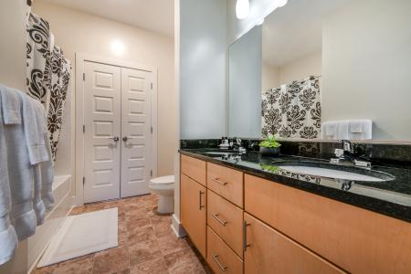 Luxurious Master Bathroom   Infinity at Centerville Crossing