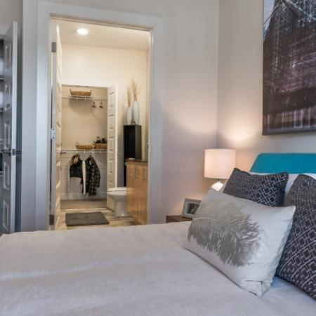 Elegant Master Bedroom |Pinnacle Apartments
