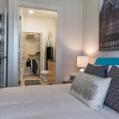 Elegant Master Bedroom |Pinnacle Apartments